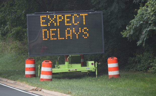 expect delay sign big